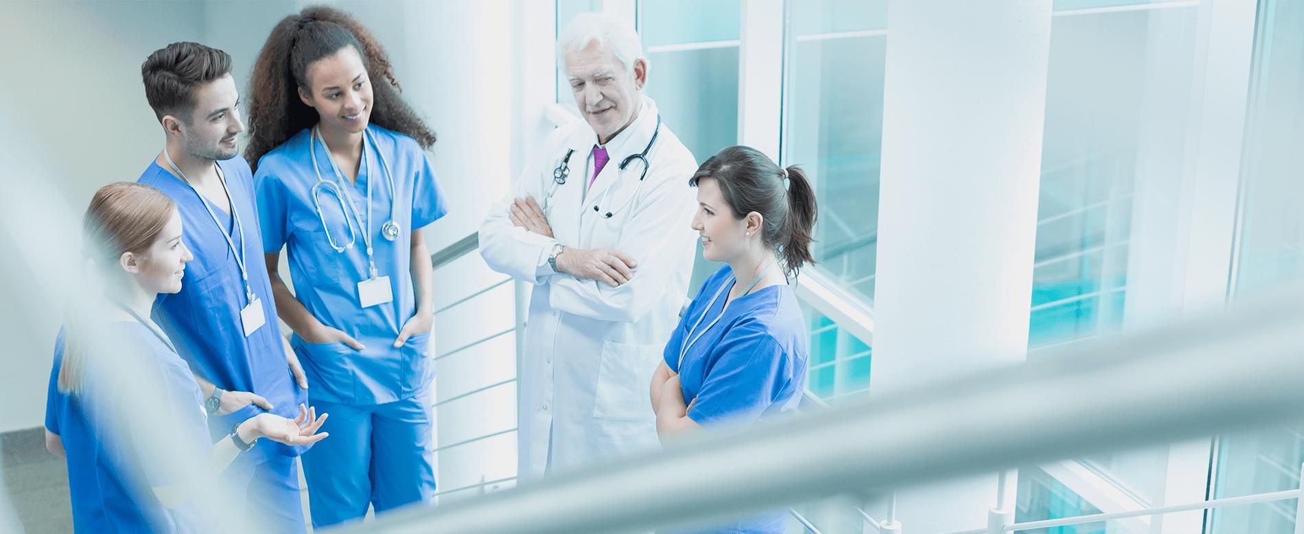 Medizinisches Personal in Krankenhaus